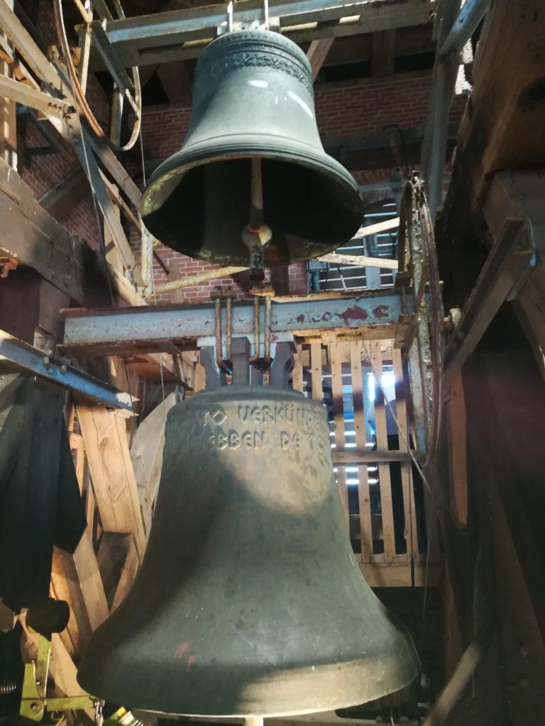 Glocken der St. Magnus Kirche in Esens.